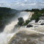 wodospady Iquassu na granicy brazylijsko- argentyńskiej
