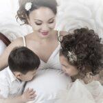 kobieta w ciąży z dziećmi
